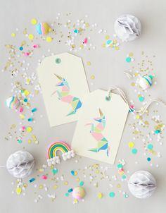 Origami Unicorn Gift Tags / Étiquettes de licorne en origami