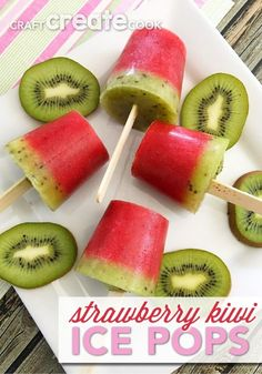 With only three ingredients, these strawberry kiwi ice pops will be a big hit this summer. Strawberries are a favorite at our house. Ice Cream Desserts, Frozen Desserts, Frozen Treats, Just Desserts, Dessert Recipes, Flan, Kiwi Recipes, Summer Recipes, Ice Pop Recipes