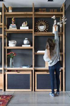 Home Office Organization, Home Office Decor, Diy Home Decor, Room Decor, Muebles Living, Pastel House, Bookshelf Design, Home Fireplace, Transitional Decor