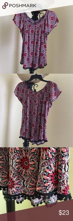 Belle du jour large blouse Belle du jour black and red blouse, with dainty crocheted edging in black as seen in photo, no rips or stains, bought at macys, in perfect condition size large Belle Du Jour Tops Blouses