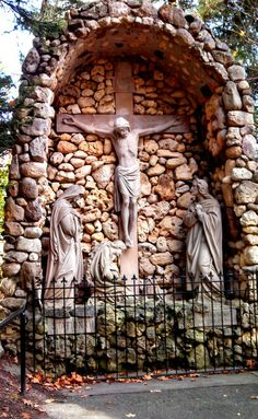 Holy Hill Wisconsin - stations of the cross