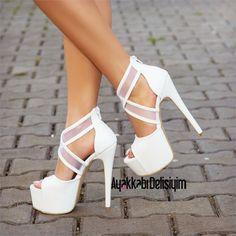 Gelin Ayakkabısı - Brokli Beyaz Yüksek Topuklu Ayakkabı #heels #wedding