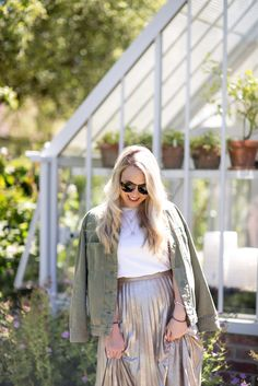 A fail safe way to style metallic this summer and three tips to help ensure you never go wrong, from styling combinations to getting the right tailoring.