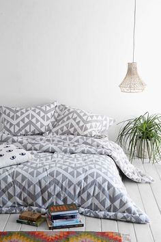 Magical Thinking Sawtooth Comforter - Urban Outfitters