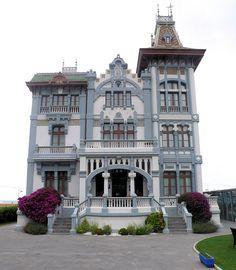 Ribadesella, Asturias - Casa de Indiano