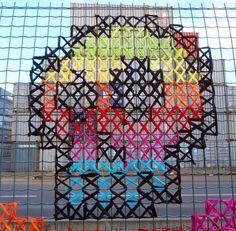 Urban X Stitch – Le Point de Croix rencontre le Street Art (image)