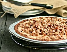 Hungry Couple: Chocolate Mousse Pie -- looks easy, good ingred
