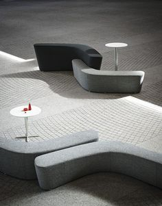 Buy online Polar perch By tacchini, modular bench with back design PearsonLloyd Sofa Furniture, Sofa Chair, Furniture Design, Modular Furniture, Urban Furniture, Bench With Back, Estilo Interior, Public Seating, Soft Seating
