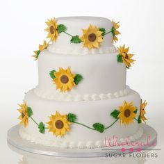 Beautiful Gumpaste Sunflower cake Sunflower Cakes, Cake Kit, Gum Paste, Appetizers, Desserts, Sunflowers, Ava, Food, Decorating Ideas