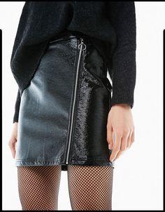 Descubre las últimas tendencias en Faldas en Bershka. Entra ahora y encuentra 59 Faldas y nuevos productos cada semana