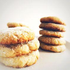 Hier geht's zum easy Rezept! Cookies, Easy, Desserts, Food, Vanilla, Wheat Free Recipes, Gluten Free Flour, Play Dough, Bakken