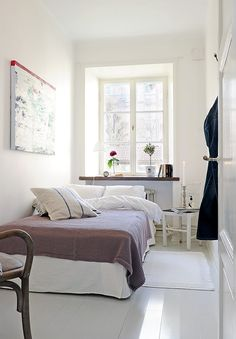 Bedroom, Narrow Bedroom Design For Couple With White Interior Color Decor Inspiring Ideas Plus Ceramic Floor Tiles And Bedside Table Plus Window With Indoor Plants Ideas: Small Bedroom Ideas: Maximizing your Own Small Bedroom Ideas For Couples, Cozy Small Bedrooms, Small Bedroom Designs, Guest Bedrooms, Small Rooms, Small Space, Guest Room, Design Bedroom, Narrow Bedroom Ideas