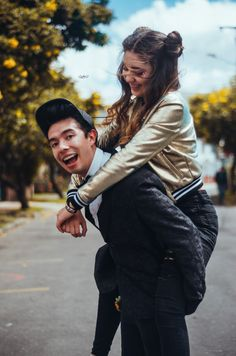 amara que linda and ami rodriguez Ricky Dillon, Jc Caylen, Cute Couples Goals, Couple Goals, Tyler Oakley, Shane Dawson, Casual Fall Outfits, Kids Outfits, Ami Rodriguez