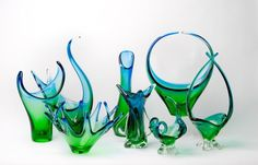 love the two tone colors Chalet glass Glass Crystal, My Glass, Blown Glass, Murano Glass, Glass Art, Green Magic, Canadian Art, Antique Stores, Glass Collection