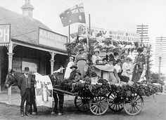 Gosford War Relief League Float Australia Day parade, Mann Street South, Gosford, 30 July 1915 by Gostalgia: local history from Gosford Libr. Australia Day, Western Australia, Australian People, Tourist Info, British Army Uniform, City Library, Military Love, Old Maps, Historical Images