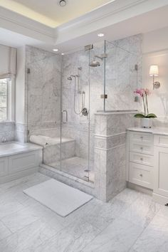 Enchanting luxurious master bathroom home decorating tips for baths and small bathroom. Mansion master bathroom to inspire your dream cutting-edge, romantic, and elegant decor for the dream spa luxury bathroom. Zen master bathroom with a jacuzzi and steam Bathroom Design Luxury, Design Bedroom, Design Design, Creative Design, Dream Bathrooms, Master Bathrooms, Luxury Bathrooms, Upstairs Bathrooms, Modern Bathrooms