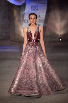 Amit Aggarwal at India Couture Week 2019 - Page 4 India Fashion Week, Lakme Fashion Week, Indian Gowns, Indian Outfits, Indian Attire, Indian Wear, Churidar, Anarkali, Western Dresses For Women