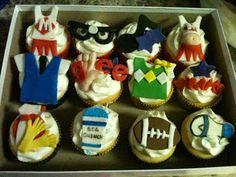 Life on Christy Street: Once Upon a Cupcake....Glee Cupcakes