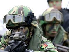 The day in pictures Portugal, Naval, Army Soldier, Trident, Women Life, Special Forces, Law Enforcement, Portuguese