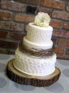 Rustic wedding cake ♡ love the different textures