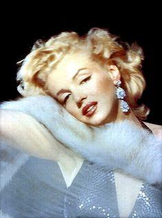 Marilyn Monroe, by Richard Avedon, 1957 Blue