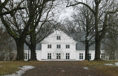 Bygdø kongsgård. One of the houses of the king and queen.