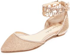 Monique Lhuillier Clarke Point Toe Flats http://shopstyle.it/l/cFmc