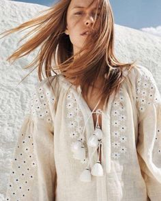 "Grazia France August 2016 ""White Summer"" photography Alexis Armanet model Annelot de Waal styling Marine Chaumien hair Leslie Thibaud mu Marielle Loubet via smile Boho Chic, Style Hippie Chic, Bohemian Mode, Gypsy Style, Hippie Boho, Bohemian Style, Style Me, Folk Style, Boho Girl"