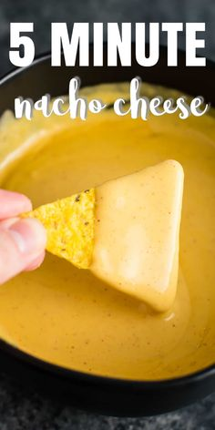 Nacho Cheese Sauce Nacho Cheese Sauce 5 minute gluten free nacho cheese sauce - no roux and sooo easy to make! Take your taco Tuesday's to the next level with homemade nacho cheese! Homemade Nacho Cheese Sauce, Homemade Nachos, Cheese Fries Sauce, Mexican Cheese Sauce, Cheddar Cheese Sauce, Gluten Free Cheese Sauce Recipe, Chesse Sauce, Vegan Cheese Sauce, Homemade Sauce