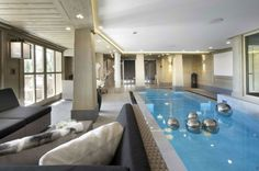 Indoor Swimming Pool Ideas - You want to build a Indoor swimming pool? Here are some Indoor Swimming Pool designs and ideas for you. Chalet Design, Home Design, Interior Design, French Interior, Luxury Interior, Design Ideas, Swimming Pool Pictures, Swimming Pool Designs, Luxury Swimming Pools