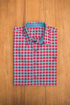 Camisa cuadros roja Blueridge Brand PH: Santiago Guerrero