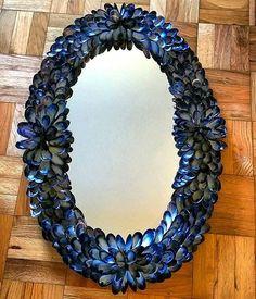 #mussel #seashellart @elegantshellscom #seashellmirror #customdesigns #costaldecor #luxurybrand #seashells #artist