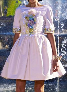 chiffonandribbons:    Chanel Pre-Spring 2013