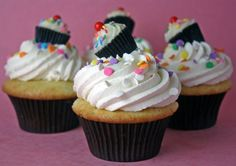 mini PB cups making this cupcake stack!