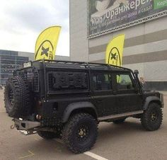 Land Rover Defender 130 Td4 DCH hard top Modified extreme adventure sports CSW.