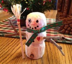 SNOW FIGHT SNOWMAN - WOODCARVING - HAND CARVED USA -SIGNED ARTIST EVELYN JIMENEZ