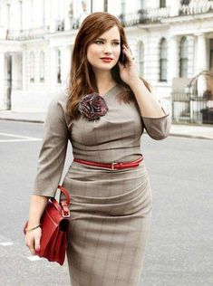 A charming interview-ready dress with great lines, in a great fabric, pulled together with great accessories.
