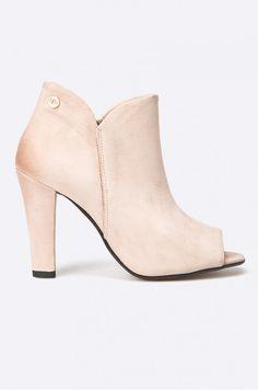 Čižmy a členkové topánky Členkové topánky  - Carinii - Členkové čižmy