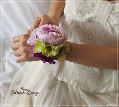 Bridal Wrist Corsage, Purple Wedding Corsage, Prom Corsage -Flower Girl, Bride, Grad Corsage Wristlet, Bridemaid Flower Wristlet
