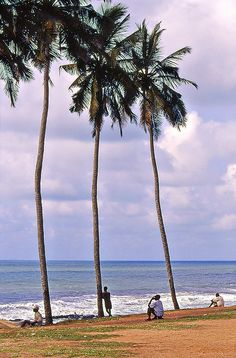 Atlantic Ocean, Ghana.  Photo: Sergio Pessolano