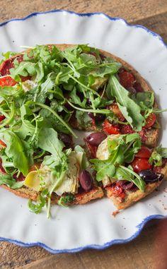 Deliciously Ella - No Knead Quinoa Pizza Crust Clean Recipes, Raw Food Recipes, Vegetarian Recipes, Cooking Recipes, Healthy Recipes, Pizza Recipes, Lunch Recipes, Vegan Pizza Crusts, Quinoa Pizza Crust