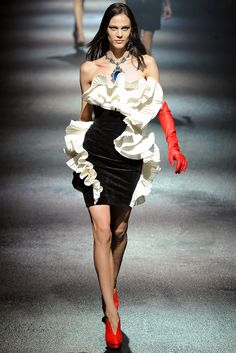 Lanvin Fall 2012 Ready-to-Wear Collection Slideshow on Style.com