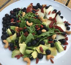 Lunch with delicious Avocado  Goji Berries Wild Arugula Red Pear D'Anjou Blueberries Cashew Nuts Kumquat Citrus #luchiachia #luchiacookbook is available on Amazon.com  in English and Spanish #cookbook #chef #cheflife #chefconsultant #chefsofinstagram #culinary #foodblogger #foodblog #foodmagazine #healthyeating #healthy #healthylife #amazing #beautiful #delicious #foodie #foodiegram #siliconvalley #stanford #bayarea #sanfrancisco #california