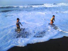 Panorama pantai laut selatan Petanahan Kebumen Jawa tengah