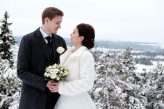 Vinterbröllop i Ljusdal ; Hanna & Sebastian ( Kolsvedjaberget i Ljusdal )