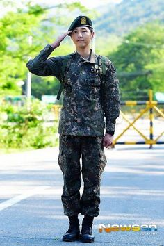 Song Joong Ki discharged from the army on 26 May 2015.2