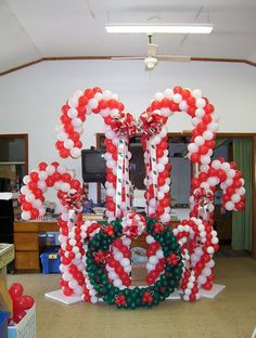 christmas balloon candy canes wreath