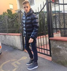 Trendy Boy Outfits, Boys Summer Outfits, Summer Boy, Boy Fashion 2018, Kids Fashion, Men's Fashion, Strong Woman Tattoos, Bad Boy Style, Handsome Arab Men
