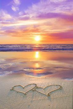 Perfect romantic beach sunset with hearts drawn in the sand. Perfect romantic beach sunset with hearts drawn in the sand. Beautiful Sunset, Beautiful Beaches, Beautiful World, Beautiful Hearts, Amazing Sunsets, Hello Beautiful, Amazing Nature, Sunset Beach, Ocean Beach