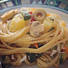 Linguine primavera.    By Marisa Malomo    http://blog.giallozafferano.it/loti64/pasta-zucchine-patate-e-carote-allo-zafferano/    www.pastavera.it    https://www.facebook.com/photo.php?fbid=292926647504575=a.108244035972838.9010.108234712640437=1